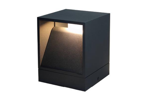 Petite borne extérieur pour éclairer un jardin, une allée ou une terrasse CUBIC P led par Indigo Lighting