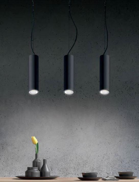 Luminaire Suspendu Tubulaire Noir Pour Eclairer Au Dessus D Un