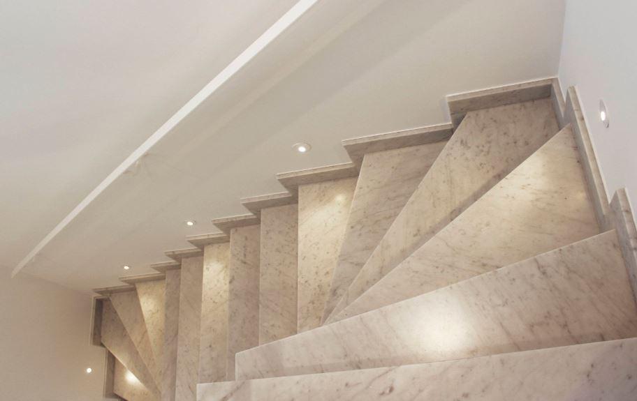 eclairage led escalier interieur Spot encastré mural carré à led pour éclairer une montée du0027escalier, et  baliser une pièce EVA blanc mat 4w par Indigo Lighting