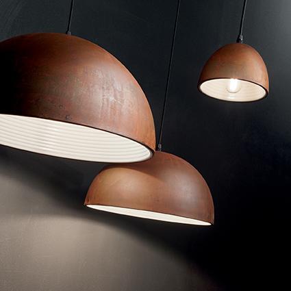 suspension m tal rouill pour clairer au dessus d 39 une. Black Bedroom Furniture Sets. Home Design Ideas