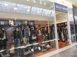Eclairage d'une boutique de prêt à porter sur Marseille OLLY GAN