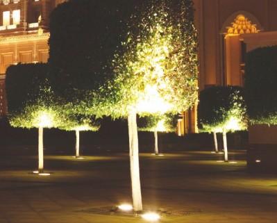 Spot encastré de sol en 220v pour éclairer un arbre ou un jardin Walker E27 par Indigo Lighting