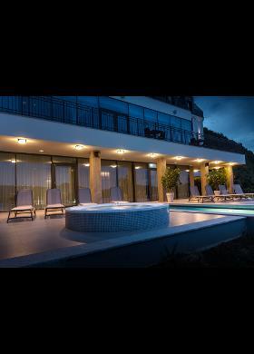 Plafonnier pour éclairage de pool house et façades extérieurs