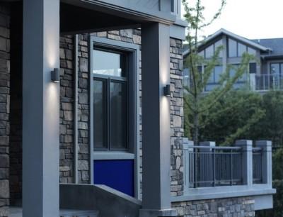 Applique pour éclairage de façade haut et bas avec led intégrée
